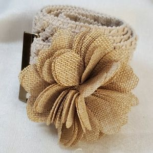 LOFT Crochet Flower Wide Stretch Belt sz M #1306